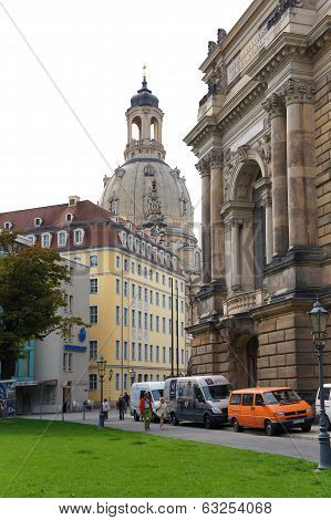 Frauenkirche church and Dresden Academy of Fine Arts, Germany