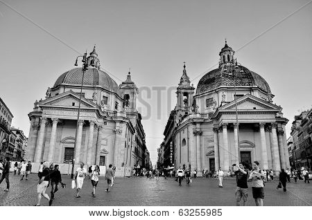 Rome, Italiy - September 20: View Of Piazza Del Popolo In Rome. View Of Santa Maria In Montesanto An