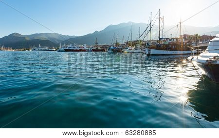 Excursion Ships In Bay (greece, Lefkada).