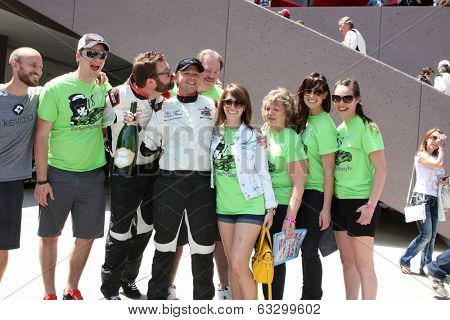 LOS ANGELES - APR 12:  Brett Davern, family, friends at the Long Beach Grand Prix Pro/Celeb Race Day at the Long Beach Grand Prix Race Circuit on April 12, 2014 in Long Beach, CA