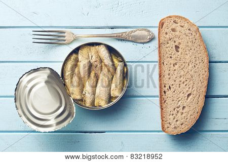 can of sprats and bread