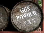 Picture of gun powder barrel.