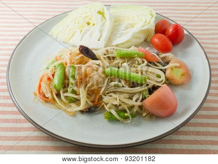 Delicious Green Papaya Salad Or Som Tum