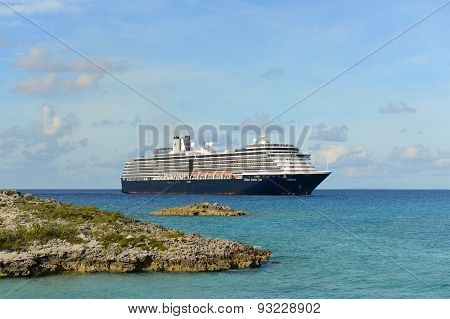 Cruise Ship Zuiderdam in Bahamas