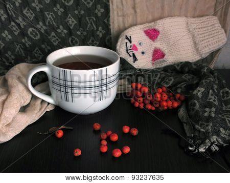 Hot tea and rowan