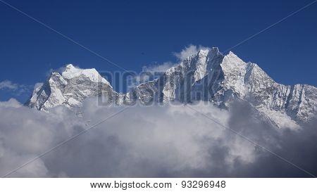 High Mountains Thamseku And Kangtega