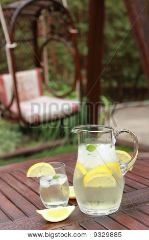 Pitcher And  Glasses Of Fresh Lemonade