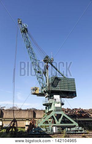 Bulk-handling crane at the industrial port in Cologne Germany