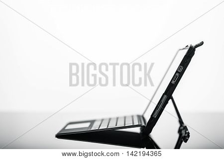 Very Thin Tablet