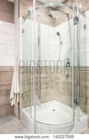 Functional Shower Cabin Idea