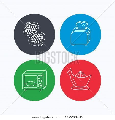Microwave oven, toaster and juicer icons. Waffle-iron linear sign. Linear icons on colored buttons. Flat web symbols. Vector