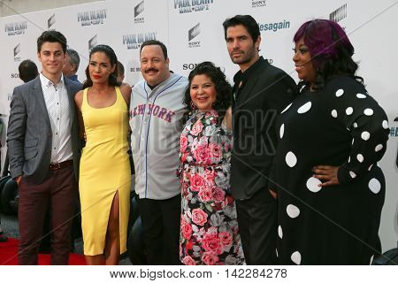 NEW YORK-APR 11: (L-R) David Henrie, Daniella Alonso, Kevin James, Raini Rodriguez, Eduardo Verastegui & Loni Love attend the