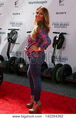NEW YORK-APR 11: Singer Jessie James Decker attends the world premiere of
