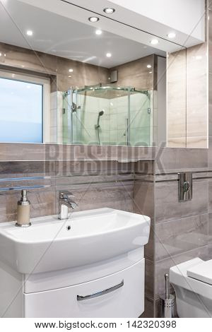 Beautiful Villa Bathroom Idea