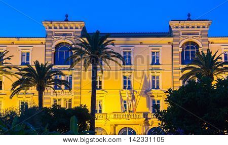 The Grand Hotel Continental which was built between 1894 and 1896 is now a headquarters of Corsica local government.It has been listed as a historical monument since 1992.