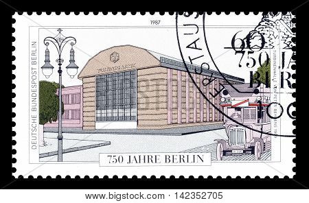 BERLIN - CIRCA 1987 : Cancelled postage stamp printed by Berlin, that shows Turbine hall.