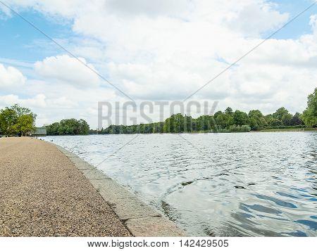 Serpentine Lake, London Hdr