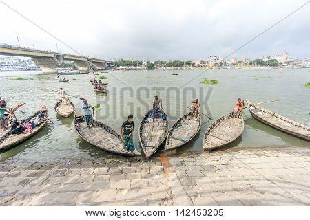 Sadar Ghat Lifestyle