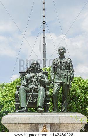 King Chulalongkorn (father - sit) and King Vajiravudth (son - stand) statue at front of main auditorium, Chulalongkorn University