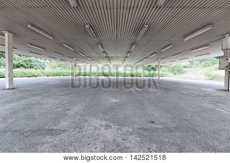 Empty Commerical Business Premises With Large Concrete Floor