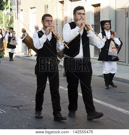 SELARGIUS, ITALY - September 9, 2012: Former marriage Selargino - Sardinia - launeddas musicians of the folk group