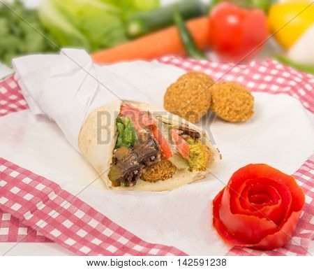 Chicken Tortilla Cones With Vegetable, Corn And Chilli Peppers