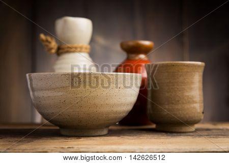 Ware japanese, Ware Japanese style on wood background
