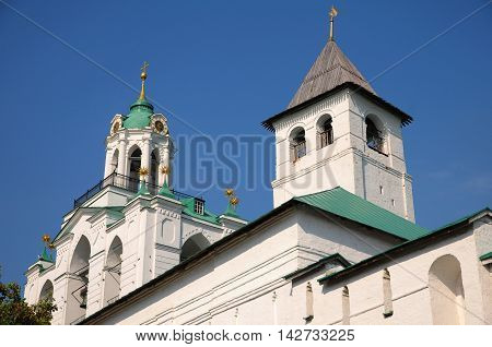Architectural details of towers of Spassky Monastery (St Saviour) in Yaroslavl.