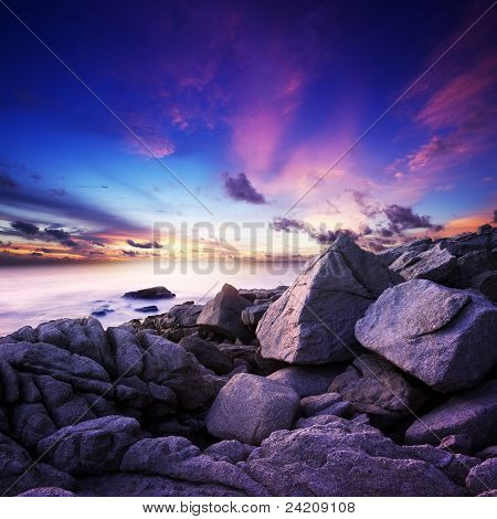 Spektakulären Sonnenuntergang