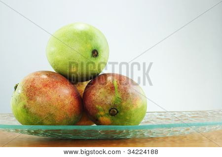 mango fruit, green and ripe