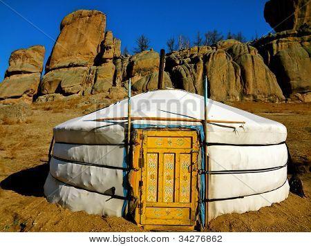 GER carpa en el Parque Nacional Terelj, Mongolia
