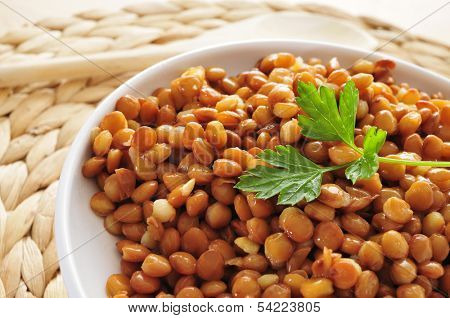 closeup of a bowl with cooked lentils