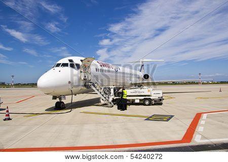 Swiftair, MD 83