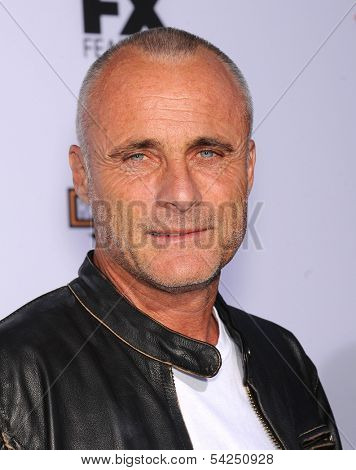 LOS ANGELES - SEP 07:  Timothy Murphy arrives to