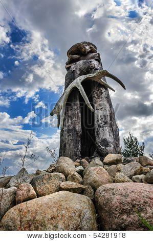 Finnish Karelian Saami wooden pagan idol sejd
