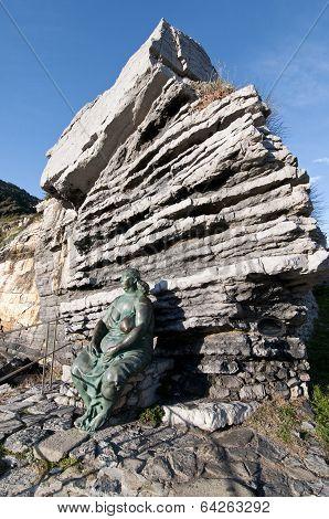 Woman statue in Portovenere