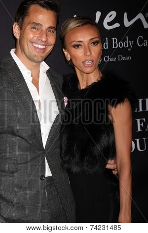 LOS ANGELES - OCT 18:  Bill Rancic, Giuliana Rancic at the Pink Party 2014 at Hanger 8 on October 18, 2014 in Santa Monica, CA