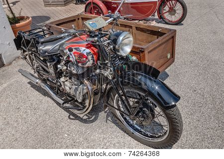 Old Italian Motorcycle Sertum Side Merci 500 Cc (1941)