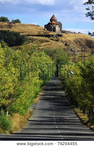 road to the monastic complex Sevanavank