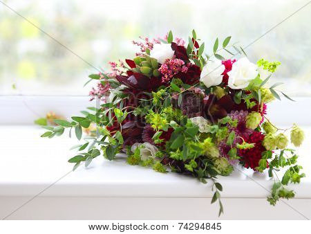Unusual Wedding Composition With Succulent Flowers, Fig And Hop In Retro Style