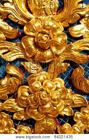 Flower  In  Gold    Temple    Bangkok  Thailand Incision Of The Temple