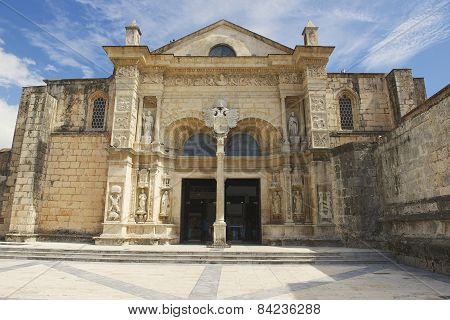 Exterior of the front entrance to the Cathedral of Santa Maria la Menor in Santo Domingo.