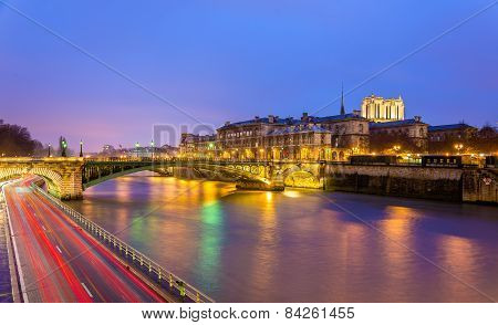 The Pont Notre-dame And The Hotel-dieu Of Paris - France