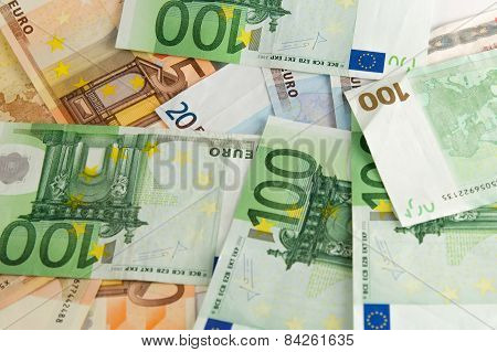 Banknotes (large sum of money)
