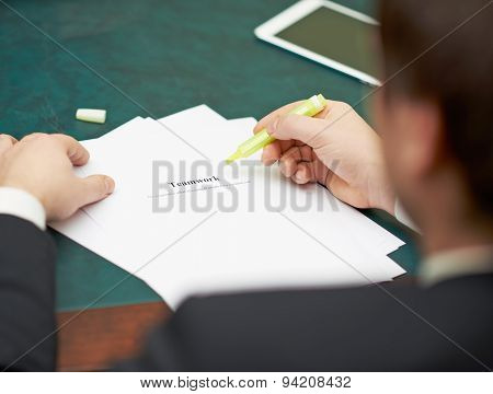 Marking words in a teamwork definition