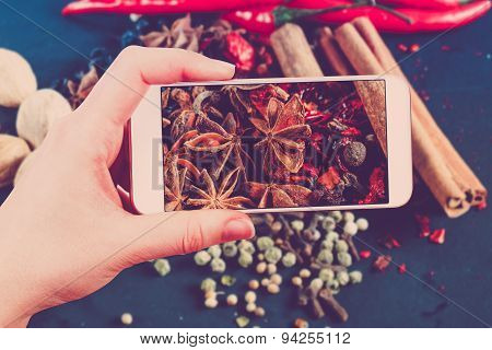 Using smartphones to take photos of herbs