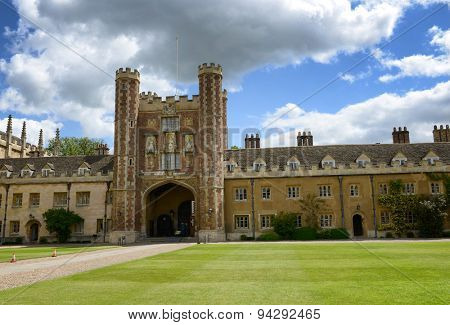 CAMBRIDGE, ENGLAND - MAY 13: View of the Great Gate, Trinity College,Cambridge University, Cambridge, UK from the Great Court on May 13, 2015