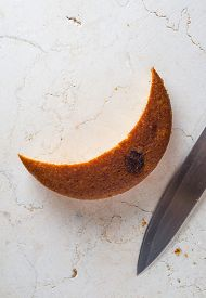 picture of crescent-shaped  - Slice of banana cake in crescent shape - JPG