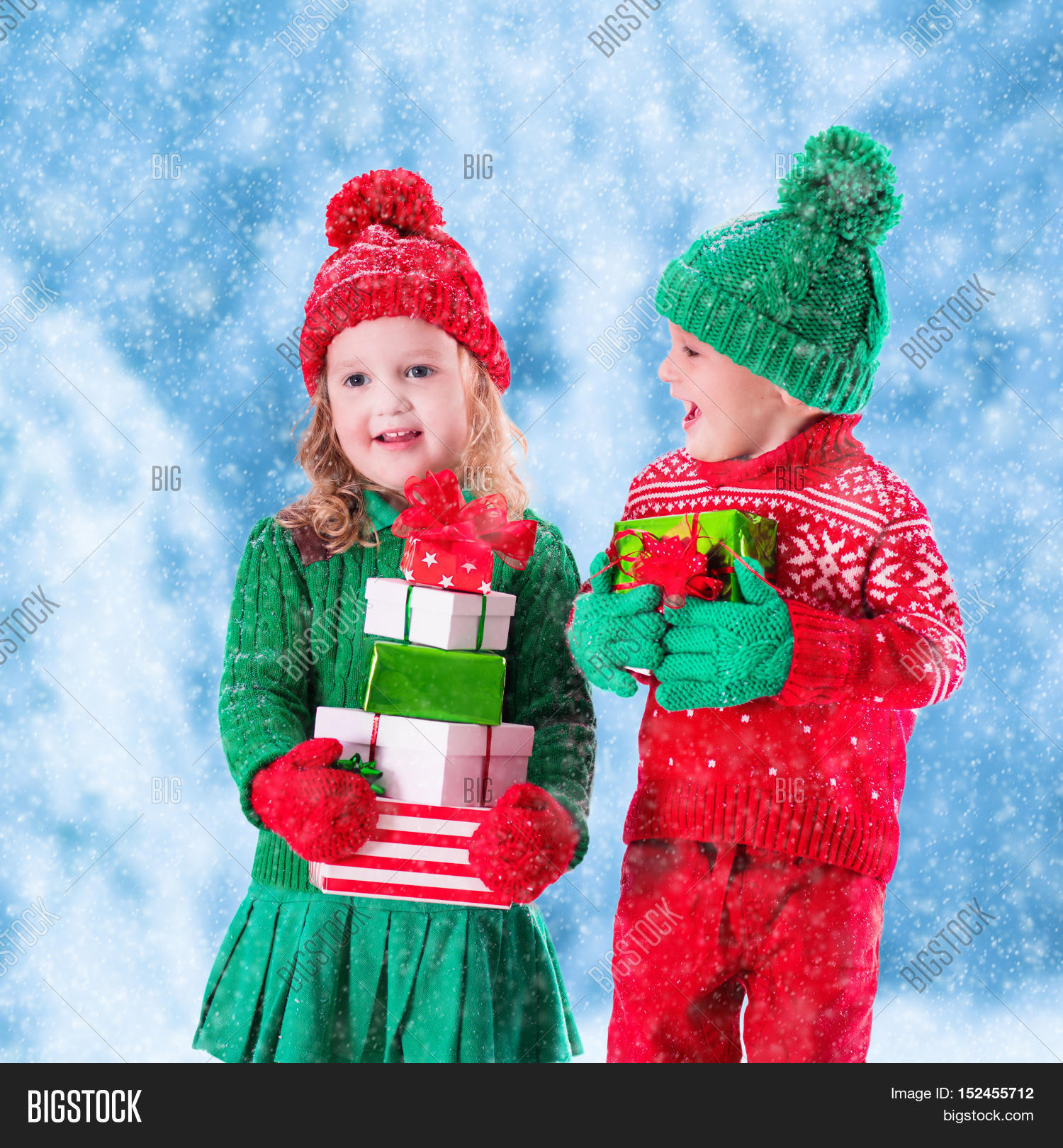 Little Girl Boy Red Green Knitted Image &