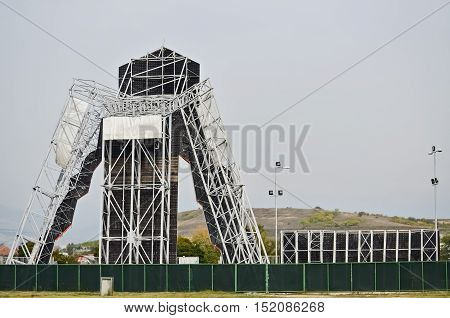 Strong metal construction of a climbing equipment for training